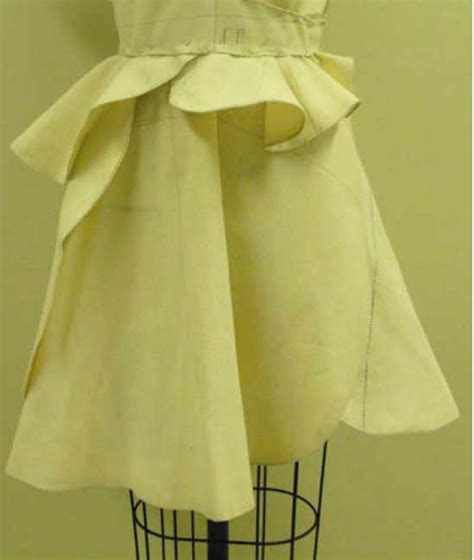 fashion draping    designers learn