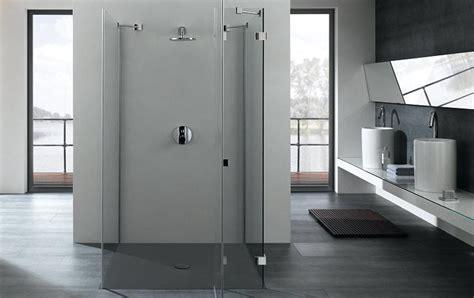 dusche von ebenerdig bis ueberkopf schoener wohnen