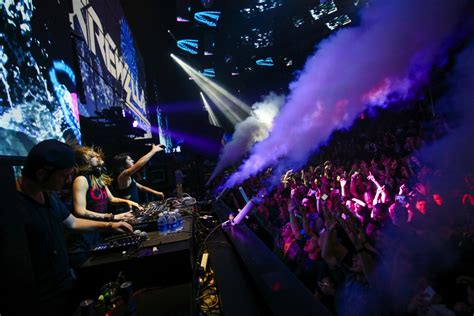 light las vegas recap krewella s at the light nightclub on