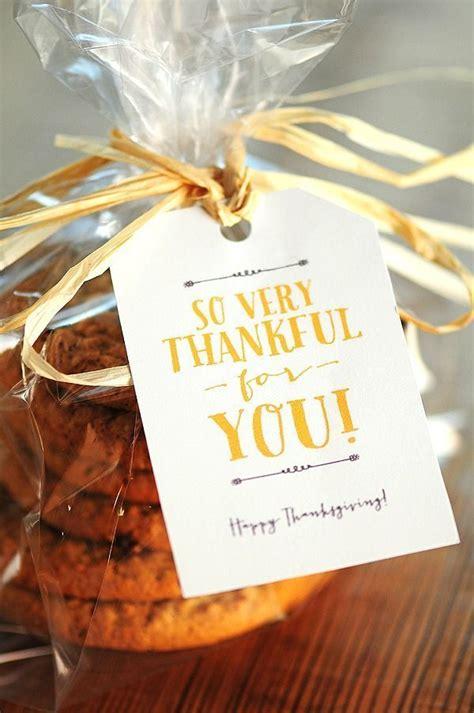lovely thanksgiving  printables  lovely