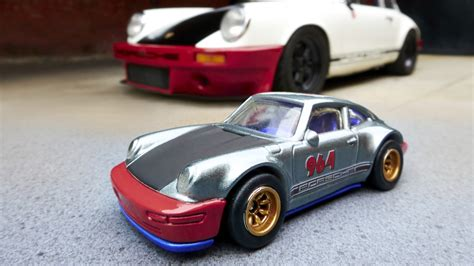 Wheels Magnus Walker by Wheels Debuts Porsche Cars Inspired By Magnus Walker