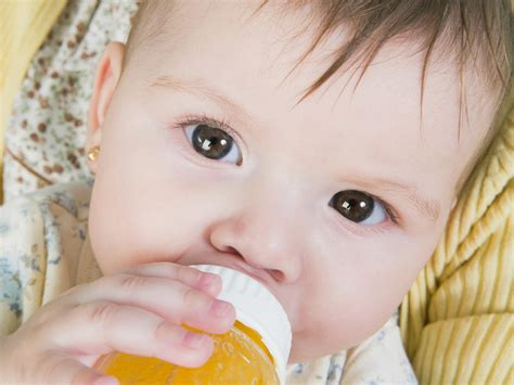 Can Fruit Juice Give My Baby Diarrhea Babycenter