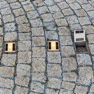 Bodeneinbauleuchten Außen Geringe Einbautiefe : bodeneinbauleuchten bodeneinbaustrahler f r den au enbereich ~ Watch28wear.com Haus und Dekorationen
