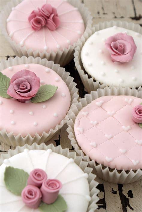 shabby chic cupcake icing bliss shabby chic cupcake classes