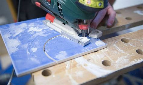 como cortar azulejos de forma irregular bricomania