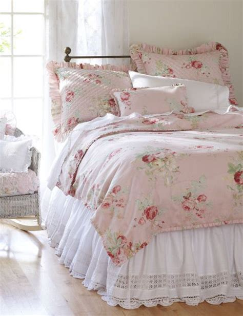 shabby chic linen bedding cabbage roses cabbages and cottages on pinterest