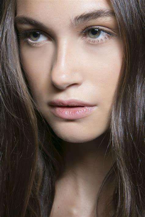 ways   natural  makeup stylecaster