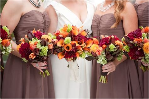 Beautiful Bouquet Colors For A September Wedding