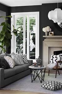 Schwarz Weiße Möbel Welche Wandfarbe : wandfarbe schwarz anthrazit graue m bel wei e fensterrahmen innendesign interiordesign ~ Bigdaddyawards.com Haus und Dekorationen
