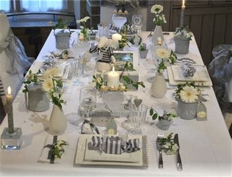 conseils d 233 coration de table de no 235 l blanc et gris photo decorations table decorations and noel