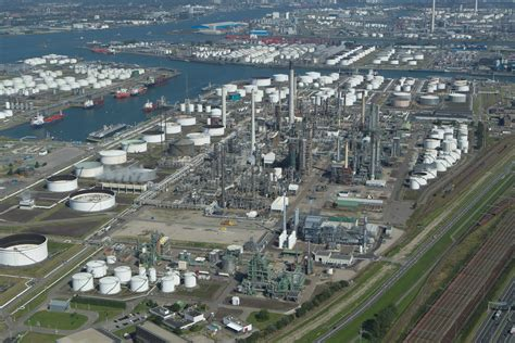 Exxon Mobil by Rotterdam Authority Applauds Exxonmobil S Investment