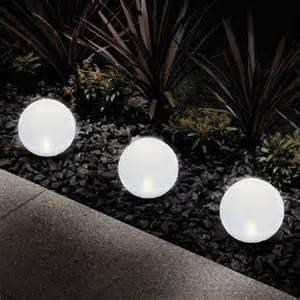 amazing best solar lights for garden 3 outdoor solar