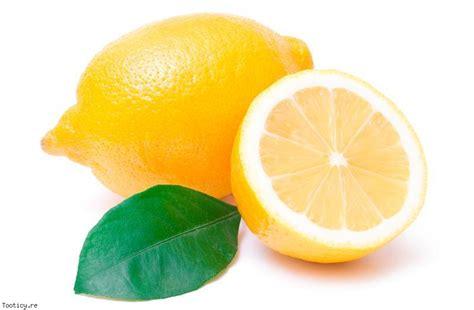 nettoyer les toilettes avec du vinaigre blanc nettoyer les wc avec du vinaigre blanc et du citron ecolo trucs astuces 238 le de la