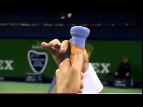 Finding Your Tennis Racquet Grip Size