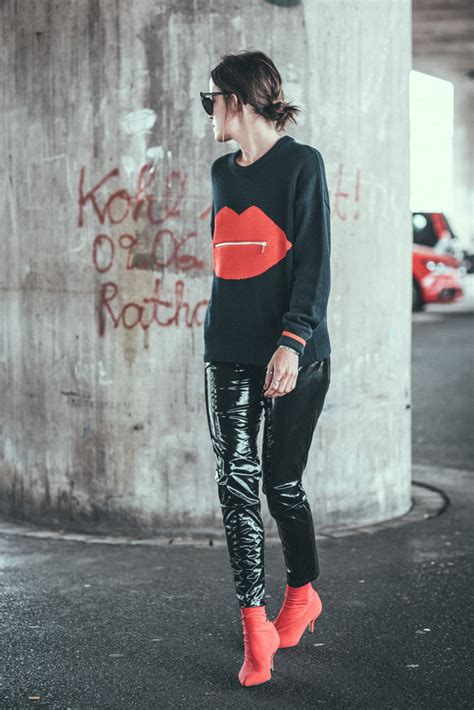 Vinyl-pants-pop-of-red-pullover-outfit-lisa-pedigrew-fashion-blog