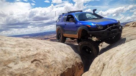 isuzu vehicross   lifted   tires  solid
