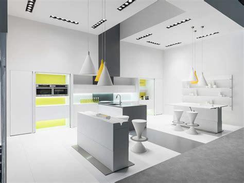 tavoli in corian tavoli trasformisti e salvaspazio ambiente cucina