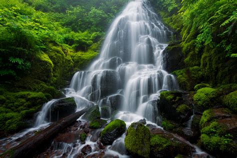 Free Waterfall Photo by Waterfall Photography Tips