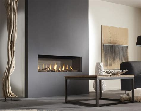 10 decorating ideas for wall mounted fireplace make your - In The Wall Gas Fireplaces