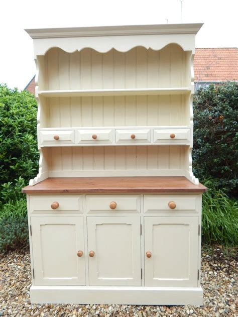 how to shabby chic pine 1000 ideas about dresser in kitchen on pinterest welsh dresser bedroom dressers and dressers