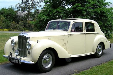 Bentley R-type Saloon Auctions