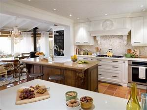 top 15 outdoor entertaining tips and party ideas hgtv With kitchen colors with white cabinets with what kills stickers in the grass