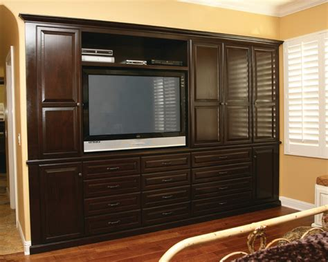Entertainment Centers & Builtin Niches Transitional