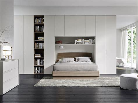 mobili  arredamento  camera da letto matrimoniale