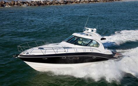 Four Winns Boat Propeller by Four Winns Four Winns V475 Yacht Boat Sailing Yacht