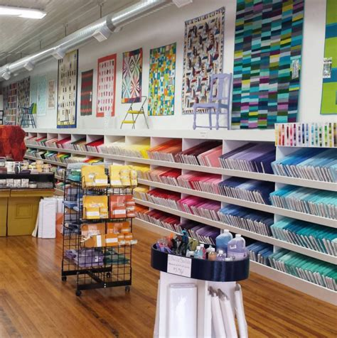 quilt shops me i m at missouri quilt company headquarters crafty