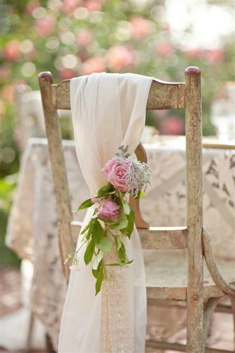 noeud de chaise mariage 1000 idées sur le thème chaise de mariage décorations sur
