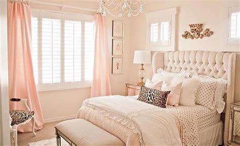 Lovely Gold And Light Pink Accent