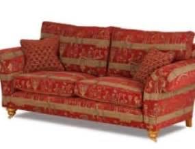 englische sofa echt britisch und gemütlich die neuen landhaus sofas klassische englische möbel zittlau