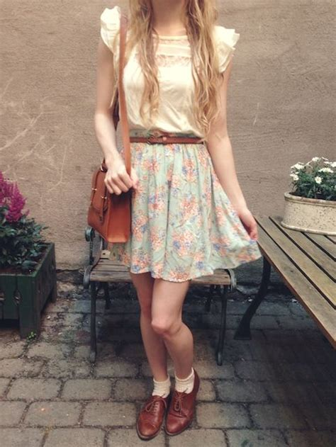 Chic-retro-outfit-ideas-that-every-girl-will-like-22 | Styleoholic
