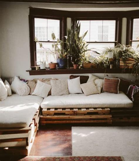 fabriquer un canapé en palette comment fabriquer un canapé en palette tuto et 60