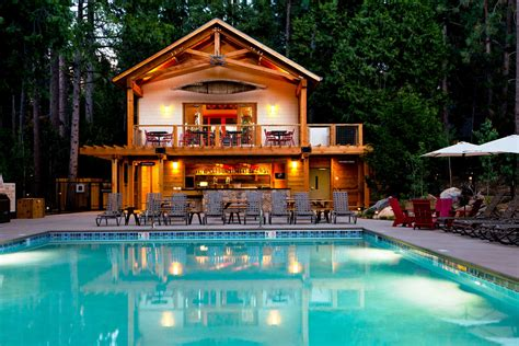 Secluded Yosemite Cabins