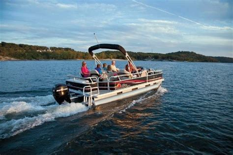 Fishing Boat Rentals Pewaukee Lake by Fish Pewaukee Lake Visit Waukesha Pewaukee