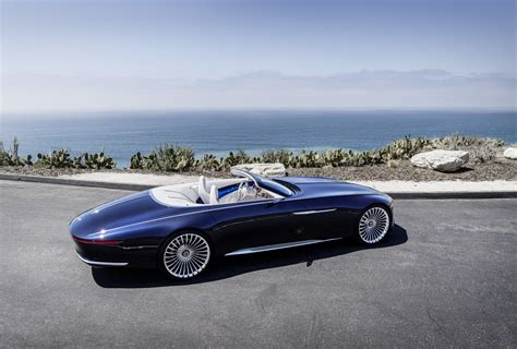 Maybach Concept by Mercedes Maybach 6 Cabriolet Concept Shows Future Of