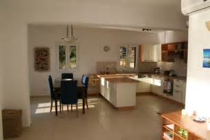 kitchen ideas colors aménager une cuisine ouverte sur salle à manger