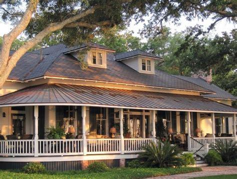 ranch house  wrap  porch home design ideas
