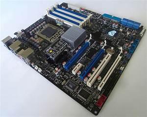 Asus Rampage Ii Extreme Lga 1366 Motherboard In Pretty Pixels