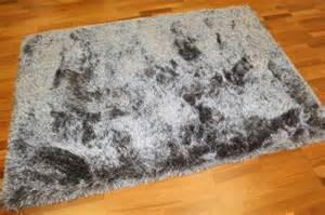 Beber Carpet by Hoogpolig Vloerkleed Soft Deluxe Grijs