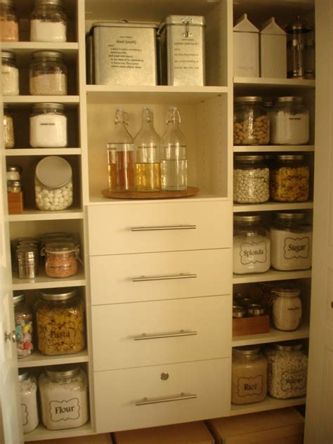 loseven dining room and pantry