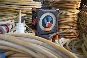 H07rn F 5g2 5 : brennenstuhl professionalline stromverteilung professionalline kabeltrommel cee 1 ip44 30m ~ Watch28wear.com Haus und Dekorationen