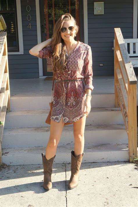 Check out what Blogger Katie Bucknell bought at the Boot Barn Nashville Store #Ariat #Heritage # ...