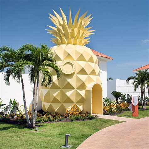 pineapple house you can rent spongebob s pineapple house food wine