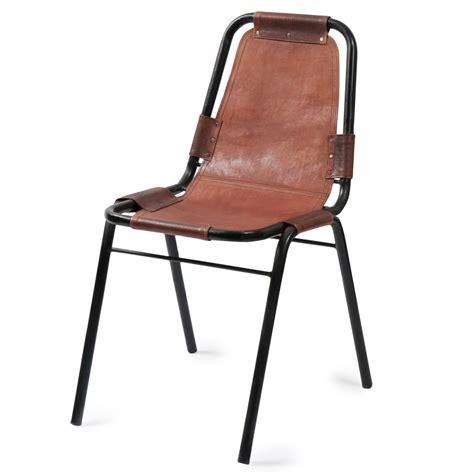 chaise en cuir marron chaise indus en cuir et métal marron wagram maisons du monde