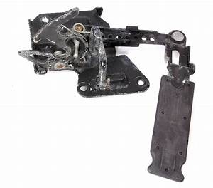 Upper Hood Latch Lock 98-01 Audi A6 V6 - Genuine