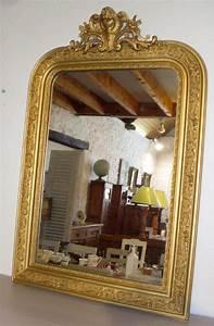 Miroir Ancien Le Bon Coin : miroir d 39 appui a encadrement en bois dor decor frise feuillagee motif rocaille en m daillon ~ Teatrodelosmanantiales.com Idées de Décoration