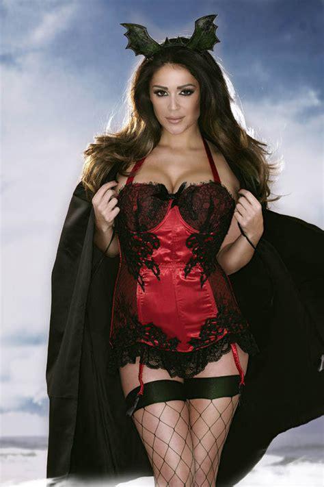 When Is Halloween 2014 Uk by Fright For Halloween Beauty Casey Batchelor In Spooky